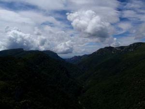 Las vistas al Balcez desde la Peña Surta