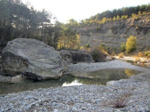 Los bloques característicos en el Río Guarga