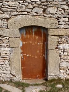 La entrada a la Ermita de Santa Marina