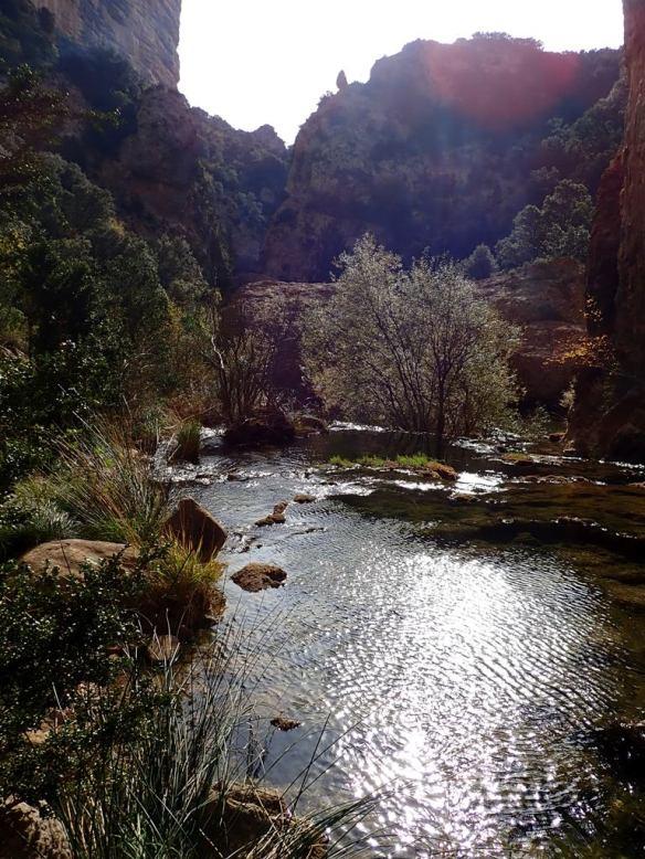 El rincón del Flumen donde cruza la senda de la Bozosa de San Miguel