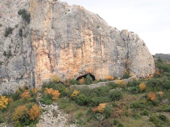 La Cueva Cortante