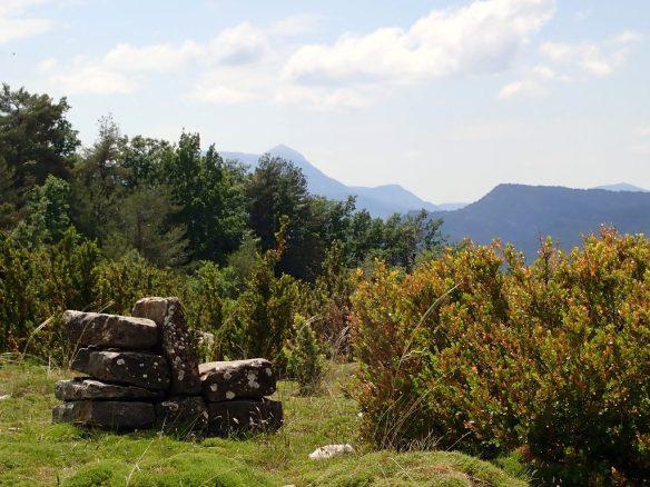 Aquí descansan los pastores cerca de la cima